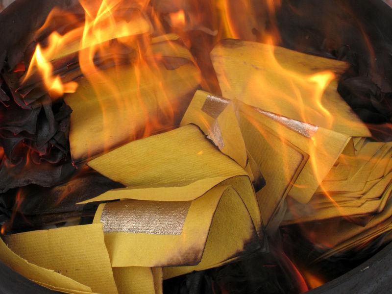 burning spirit money