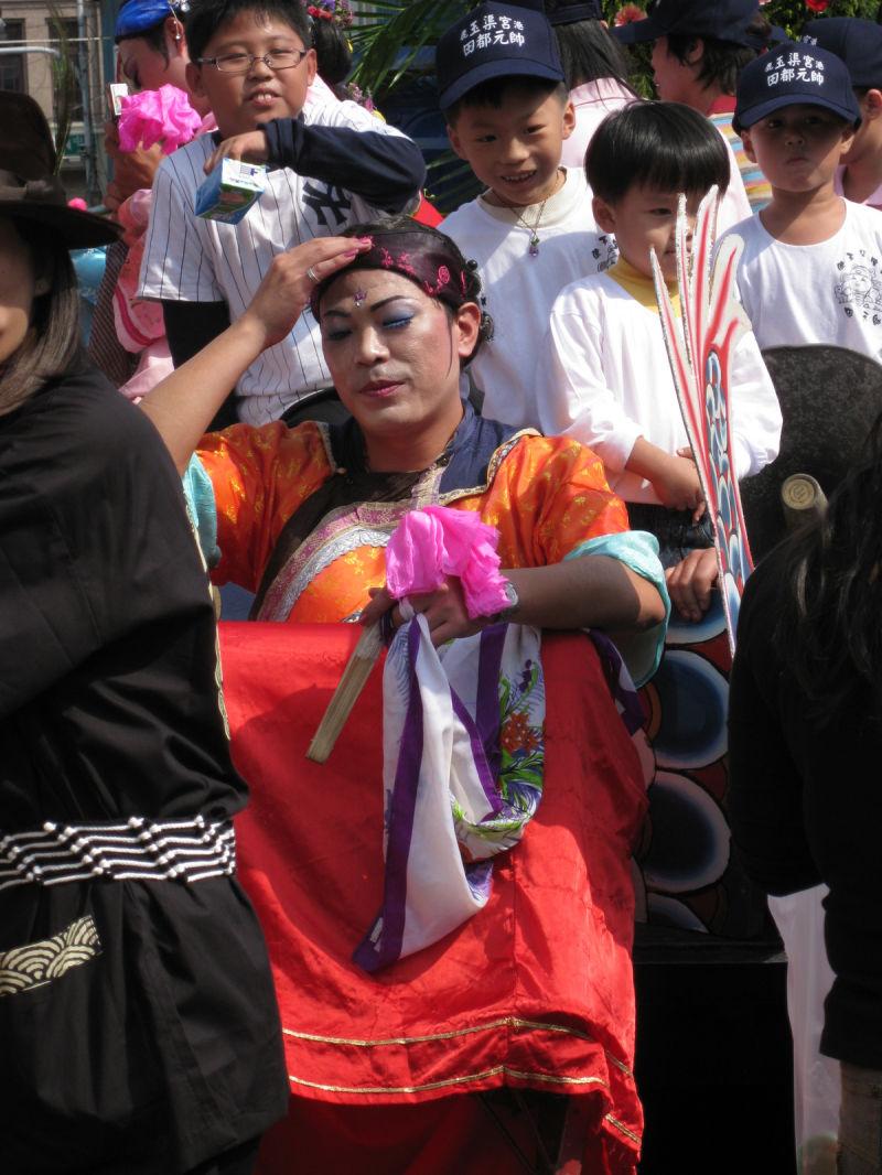 cross-dressing parade participants