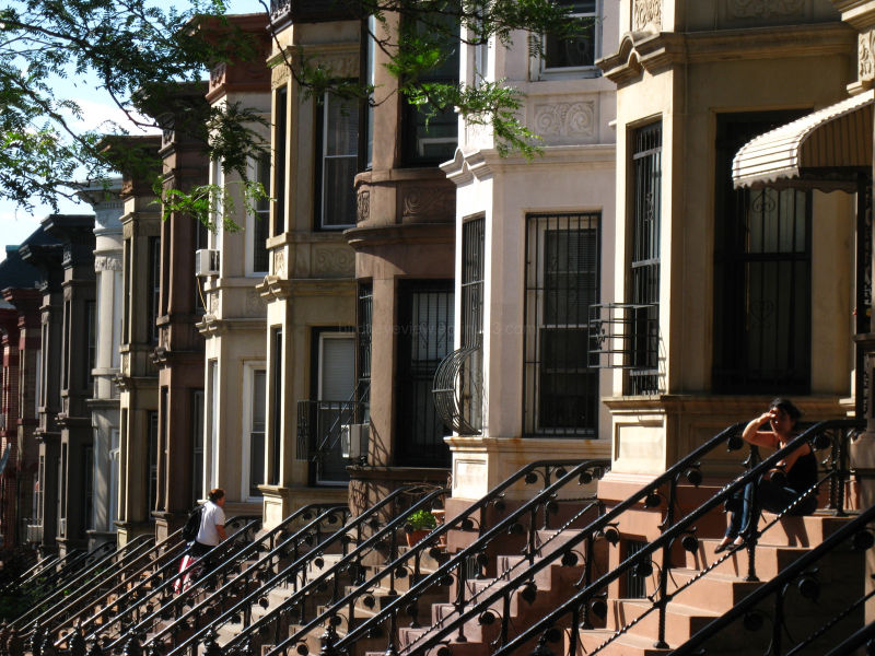 row housing in new york