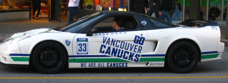 canucks car