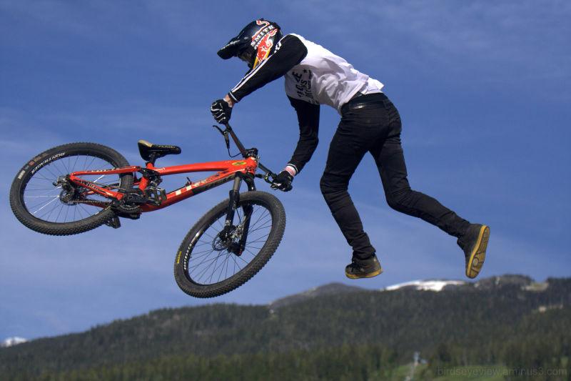 crankworx bike stunt