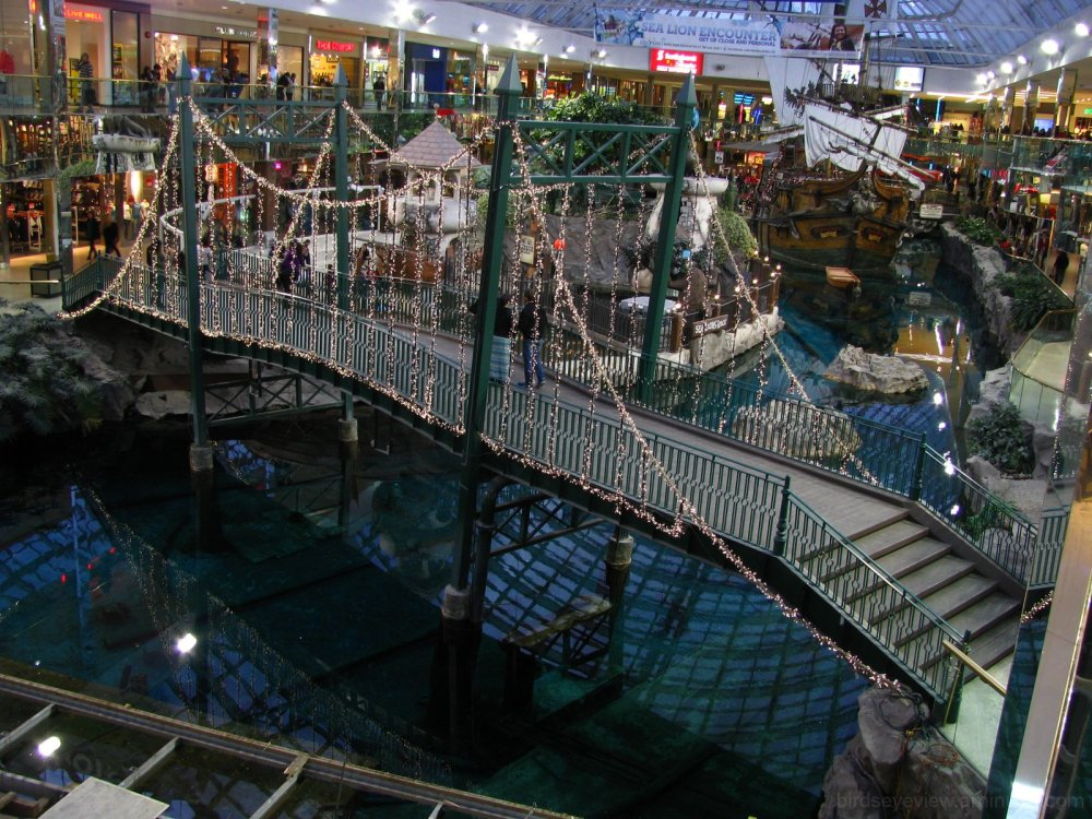 west ed mall pirate ship
