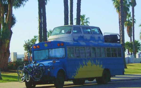 Solstice Bus