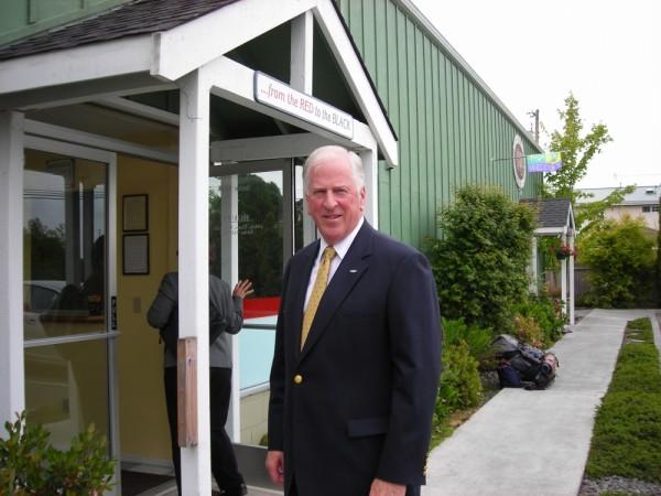 Congressman Mike Thompson visits Arcata