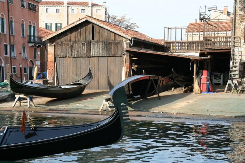 Venice, gondola workshop