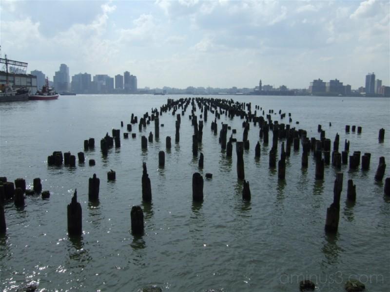 pier-less