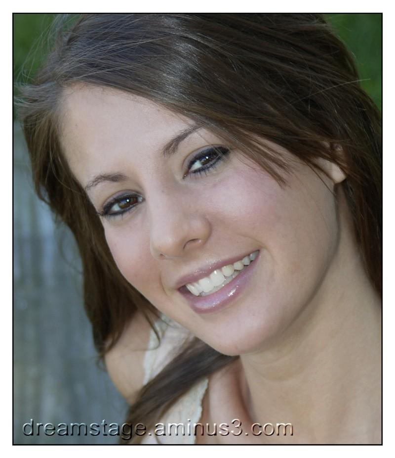 Shaina Vencel headshot
