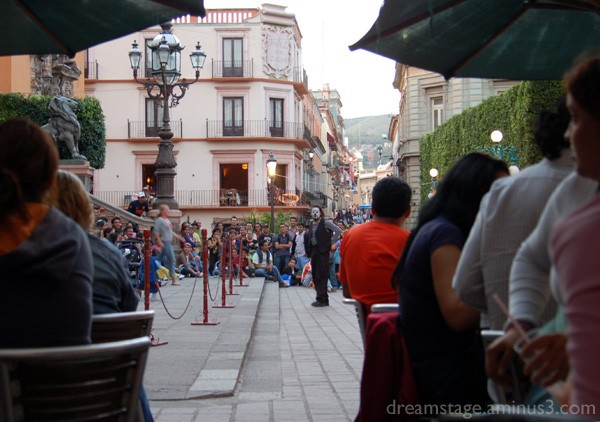 street mime guanajuato mexico