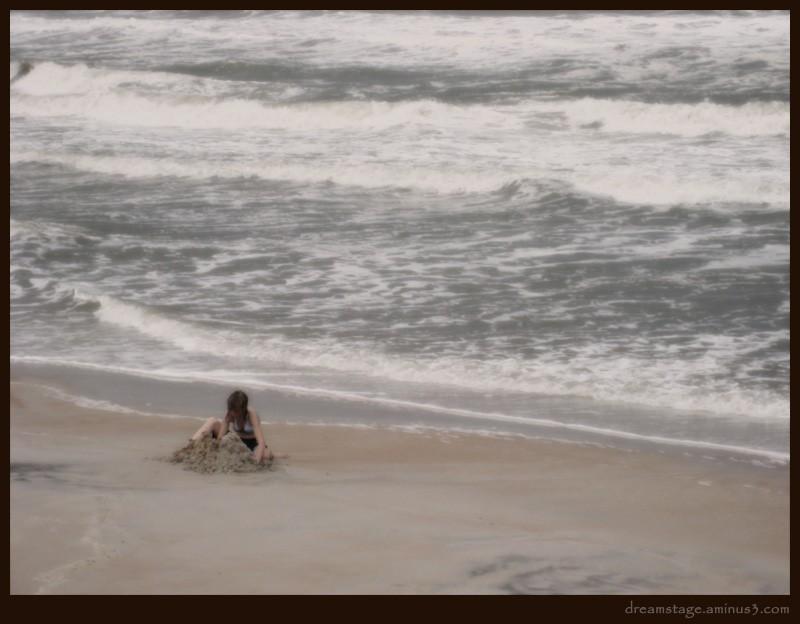 sand digging in daytona beach storm