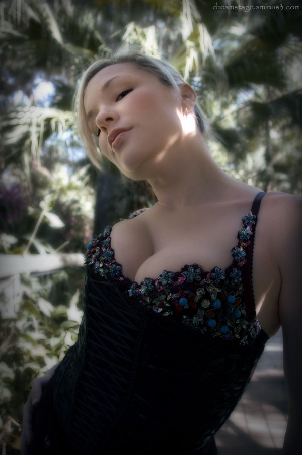 Danielle 4