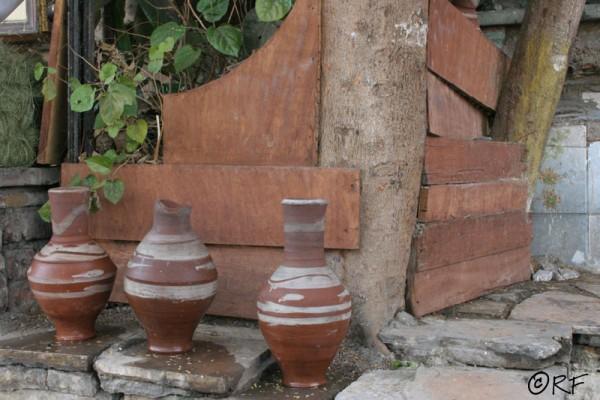 Drinking pots