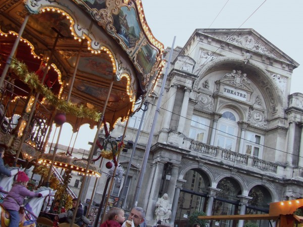merry-go-round and theatre in Avignon