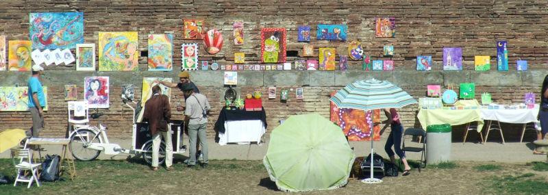 Exposition d'art sur les bords de la Garonne