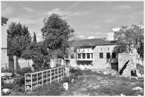 Athens in B&W: 28