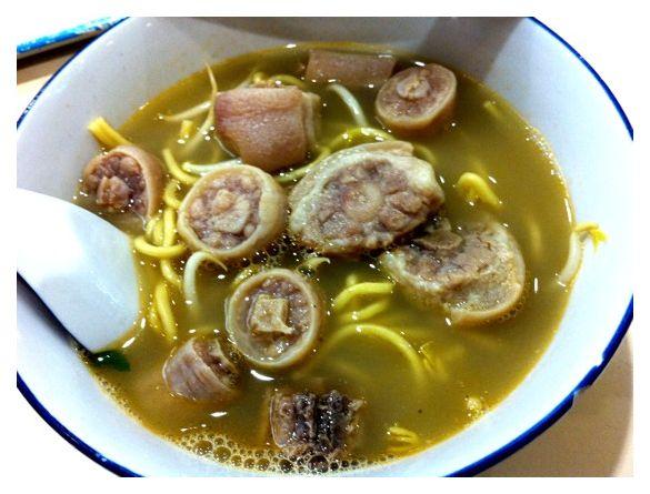 Pig's tail noodle, Singapore