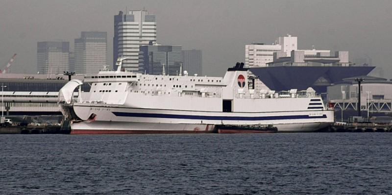 Ferry Ocean East, Tokyo Japan