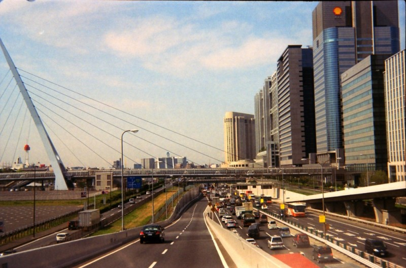 Odaiba from the Expressway