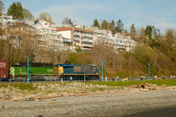 TRAIN COMING THROUGH WHITE ROCK