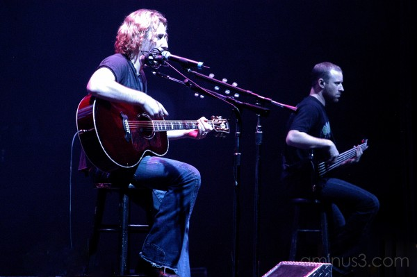 Nickelback concert brothers music