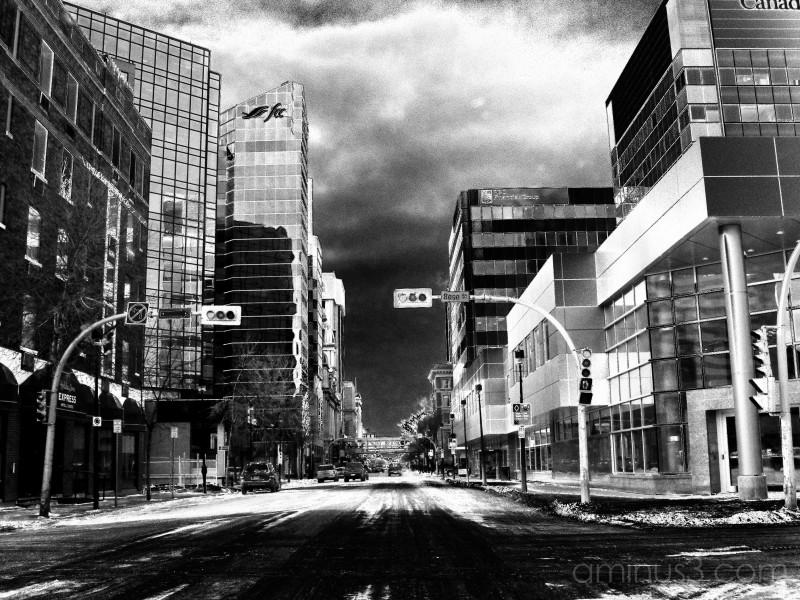 B&W city moody