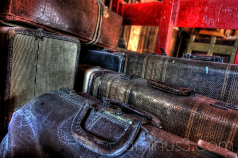 HDR, Austin Manitoba, Baggage, travel