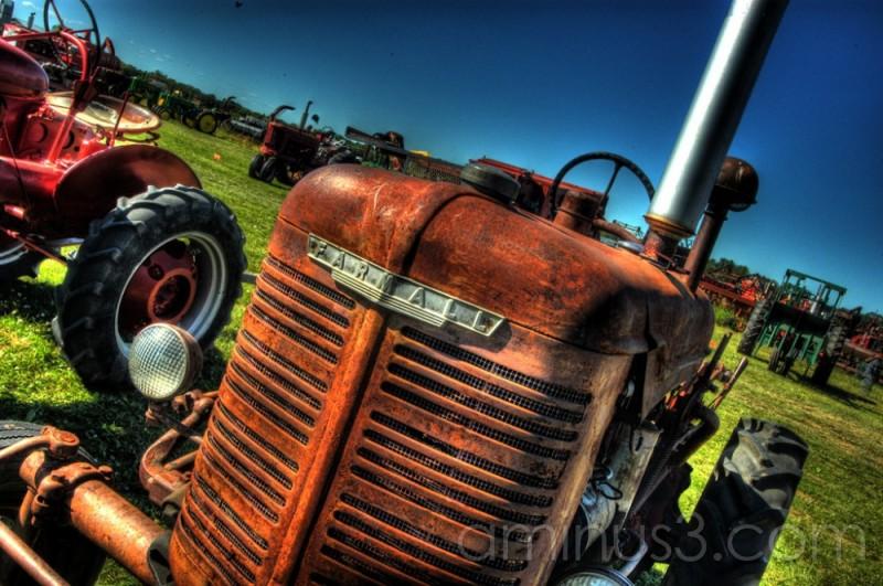 HDR, Austin Manitoba, Farmall, tractor