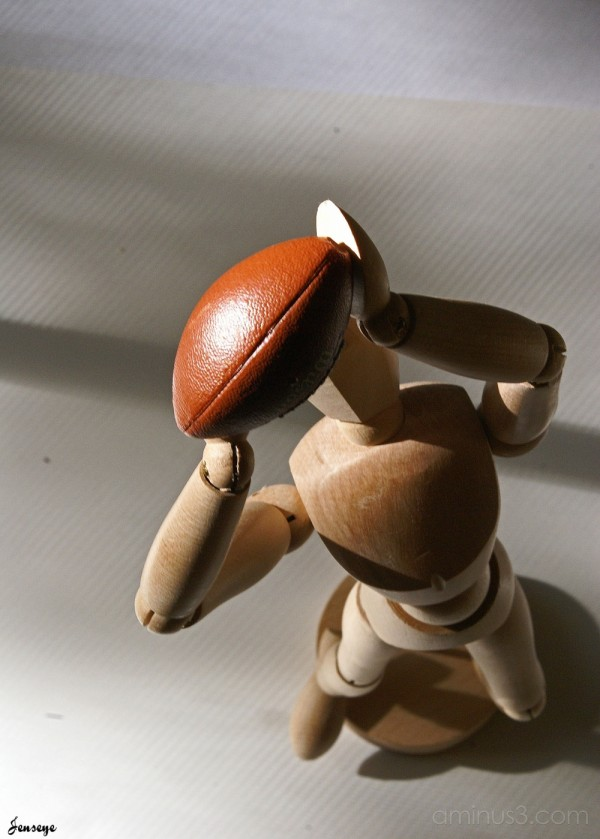 Drawing Statue Football Pose