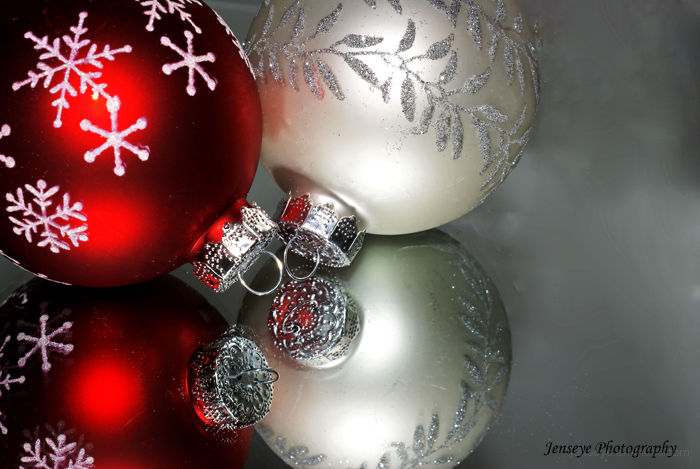 Christmas Ornaments Red White Snowflakes