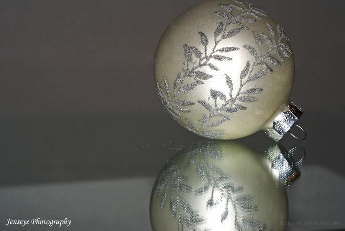 Christmas White Ornament Snowflake Ball