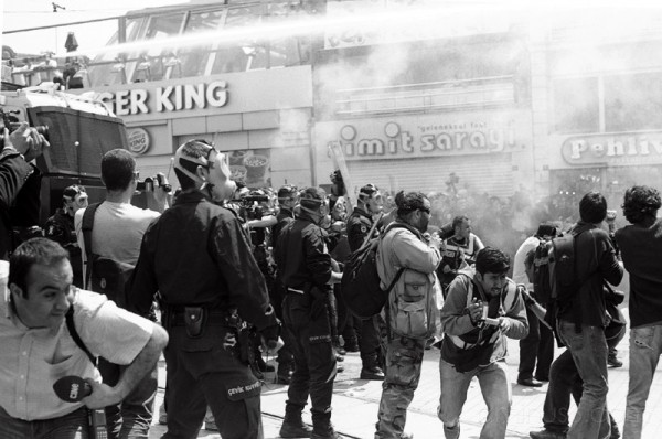 Police attack protesters, May Day, Istanbul