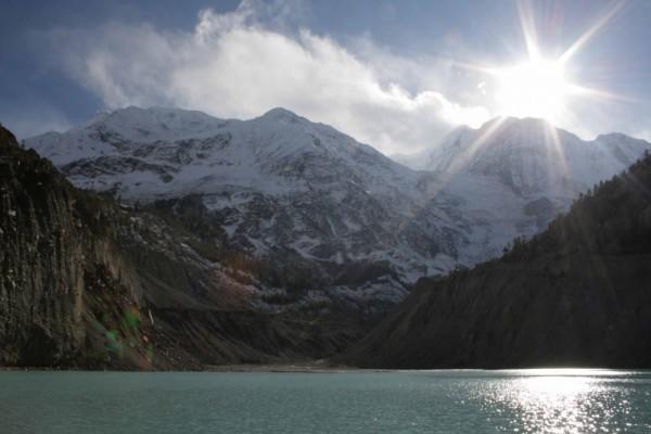 lake, manang, annapurna range