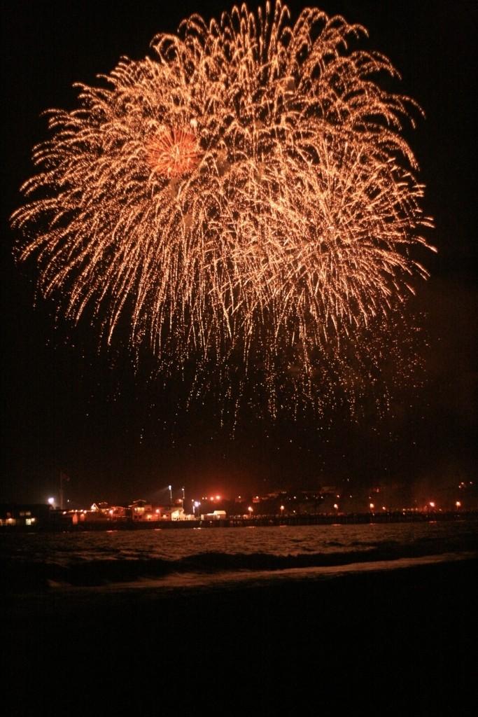 Dawn sutherland, fireworks, santa monica