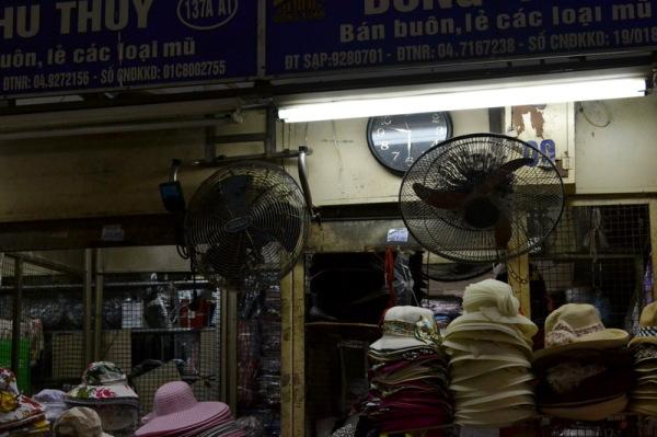 Hà Nội / chapeaux