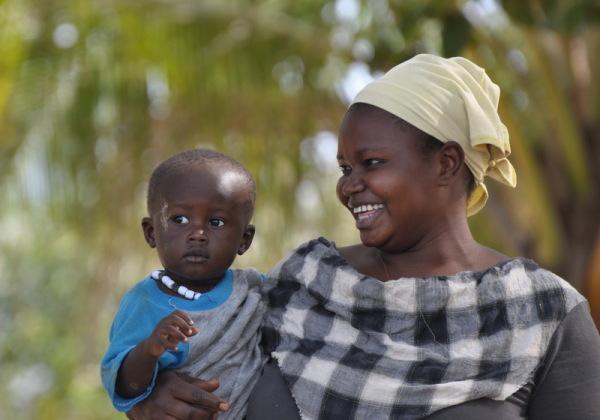 sénégal 72 / casamance /  mère et enfant