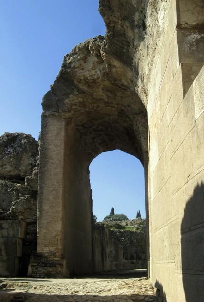 Arco Anfiteatro Italica
