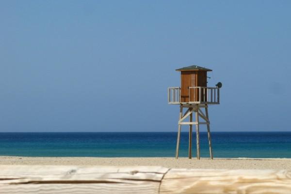 Torre en la playa de Zahara