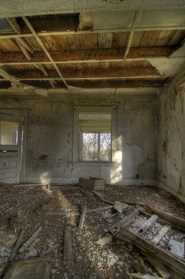 The Messy Livingroom