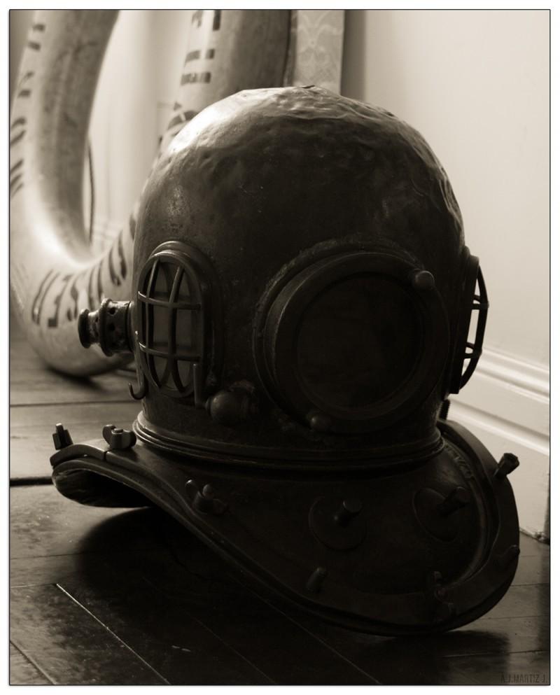 Diving Helmet (Water Series 3/3)