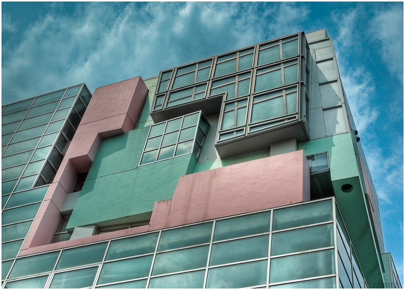 Koizumi Sangyo HQ Building