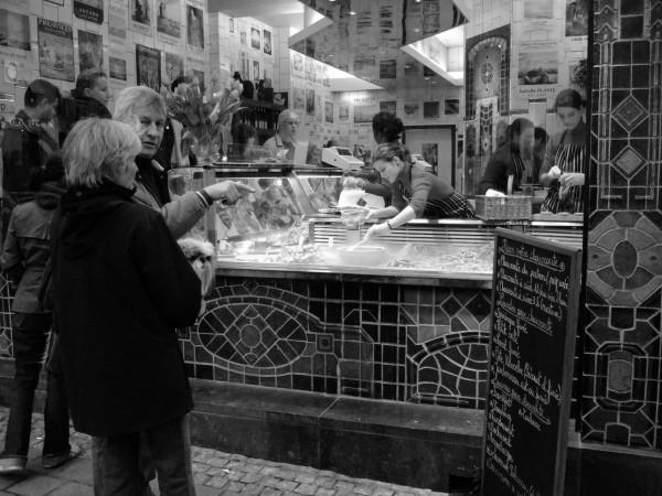 shopping on rue de Tongres
