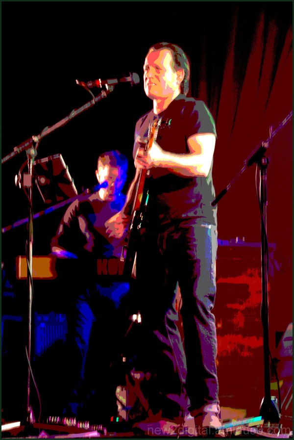 Blues Performer Manipulated 3/4