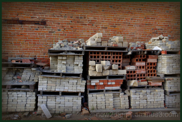 Reclaimed Bricks 3/3