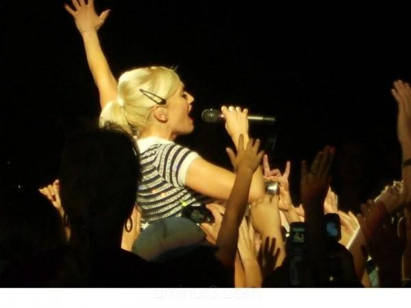 Gwen Stefani The Sweet Escape Tour