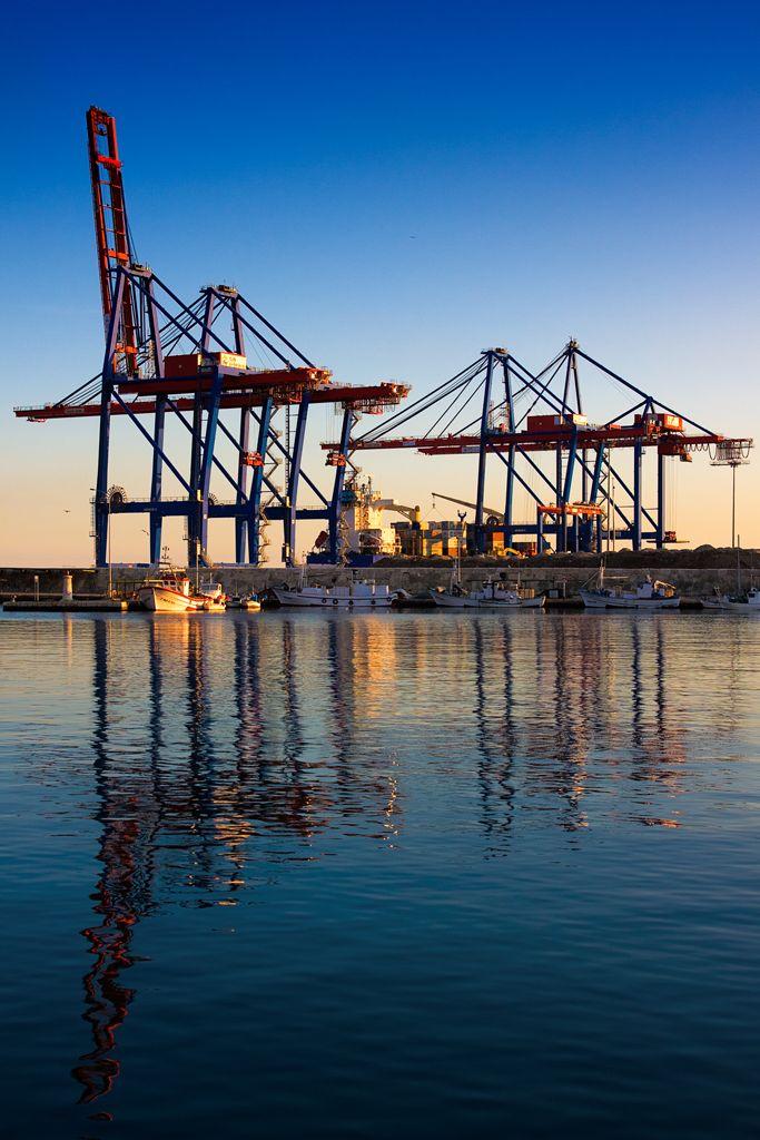 Grúas del puerto / Port cranes