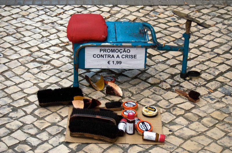 Crises, life, shoes, crisis