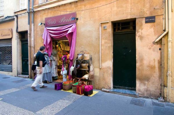 AUX Provence Streets