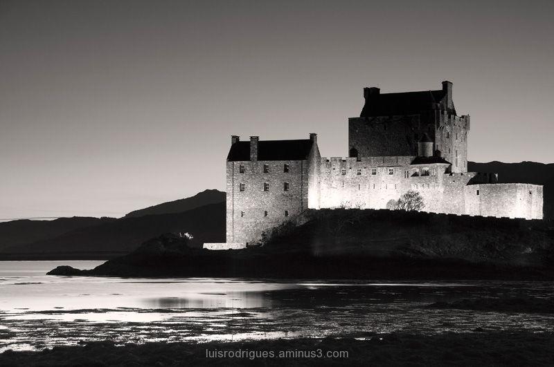 eilean donan castle dornie loch duich mackenzies