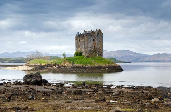 Scotland castle stalker