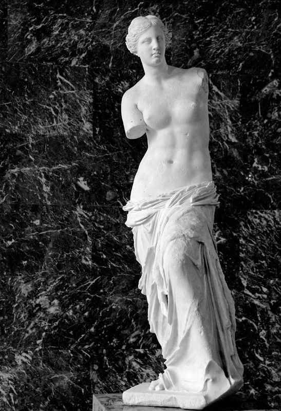 Aphrodite Venus Milo Louvre Paris