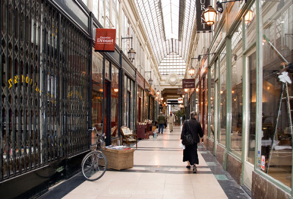 Paris France Galeries